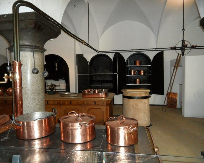 Kotły warzelne: obowiązkowe wyposażenie lokalu gastronomicznego