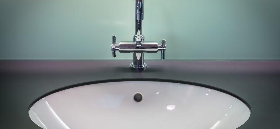 Sklepowe dozowniki do mydła