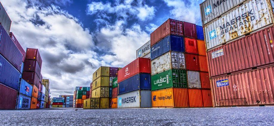 Wilgoć w kontenerach - jak ją zniwelować?
